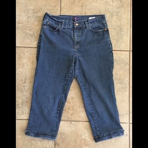 **AS IS** NYDJ Denim Capri Jeans SIZE 10